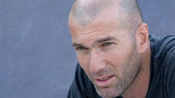 DOCUMENTAIRE FOOT ET IMMIGRATION ZIDANE ETALONNE PAR JEAN MICHEL PETIT.jpg